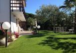 Location vacances Guspini - Casa Vacanze il Giardino-1