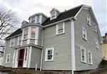 Location vacances Mahone Bay - Lunenburg's Oldest House-1