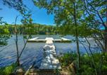 Location vacances Bridgeport - Lakeside Serenity Four-Bedroom Holiday Home-4
