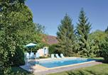 Location vacances Hautefort - Holiday home Lussaud, Genis N-636-1