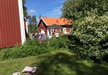 Hôtel Eksjö - Två Röda Hus-1