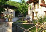 Location vacances Castelraimondo - Countryhouse Il Sentiero Degli Ailanti-1