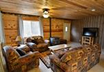 Location vacances Rice Lake - Valley Red Cabin-1