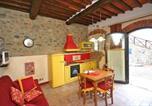 Location vacances Montevarchi - Apartment in Levane I-3