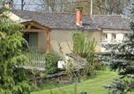 Location vacances Saint-Pierre-de-Trivisy - House Au pré vert-1
