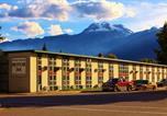 Hôtel Revelstoke - Powder Springs Inn Revelstoke-3