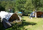Camping avec Ambiance club Sanchey - Flower Camping Verte Vallee-3