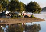 Camping en Bord de lac Meymac - Camping Le Port de Neuvic-1