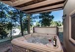 Location vacances Ruidoso Downs - Casa Wildwood Four-bedroom Holiday Home-2