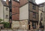 Location vacances Saint-Cyr-sur-Loire - Immeuble Historique Xveme siècle-4