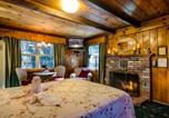 Location vacances Fontana - Arrowhead Pine Rose Cabins-3