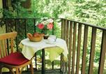 Location vacances Thonac - Three-Bedroom Holiday Home in Plazac-4
