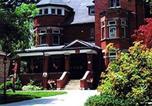 Hôtel Stratford - Agincourt Manor B&B Suites