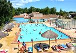 Camping avec Ambiance club Fleury - Camping Clos Virgile-2