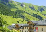 Location vacances Saint-Etienne-de-Cuines - Residence Le Balcon des Neiges