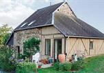 Location vacances Domfront - Holiday home Barenton N-843-1