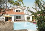 Location vacances Linxe - Holiday home Moliets 22 with Outdoor Swimmingpool-1