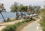 Location vacances Riumar - Three-Bedroom Holiday home Riumar with Sea View 02-3