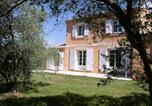Location vacances Châteaurenard - Gite Les Romarins en Provence-3