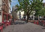 Location vacances Saint-Cyr-sur-Loire - Immeuble Historique Xveme siècle-1