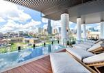 Location vacances Spring Hill - Luxurious Cbd Pad with Infinity Pool and Gym!-3