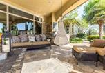Location vacances Cleburne - Mini Mansion in Dallas Hill Country-2