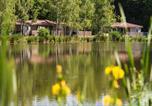 Camping Villeneuve-sur-Yonne - Domaine Les Bois du Bardelet-4