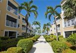 Location vacances  Iles Cayman - Regal Beach Club #114 (Condo)-4