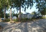 Camping avec WIFI Champs-Romain - Camping Domaine des Etangs du Plessac-2