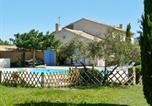 Location vacances Cheval-Blanc - –Villa Chemin de la barque-1