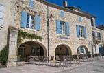 Hôtel Castelnau-sur-l'Auvignon - B&B L'Etape D'Angeline-3