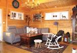 Location vacances Stryn - Four-Bedroom Holiday Home in Stryn-2
