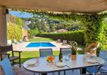 Location vacances Sant Vicenç de Montalt - Holiday Home Villa Paradise-1