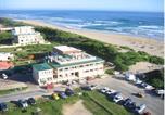 Hôtel George - Afrovibe Adventure Lodge-3