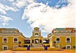 Hôtel Lungsod ng Muntinlupa - La Fayette Condotel - Chateau Elysee-1