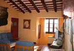 Location vacances Sant Sadurní d'Anoia - Masia Olivera-4