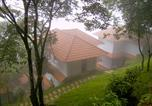 Villages vacances Munnar - Blackberry Hills Retreat & Spa-1