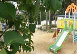 Camping avec Site nature Rives - Domaine de la Colombière-3