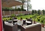 Location vacances Bosville - Gite et chambre d'hote la roseraie-2