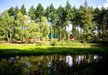 Camping avec Chèques vacances Maisons-Laffitte - Village Huttopia Senonches-3
