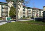 Hôtel Medford - Rogue Regency Inn & Suites-2
