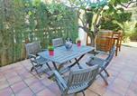 Location vacances Sant Andreu de Llavaneres - Five-Bedroom Holiday Home in Sant Vicenc de Montalt-3