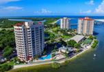Location vacances Estero - Lovers Key Resort Unit 504 - Canal/Bay Front Condo-4