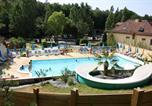 Camping avec Parc aquatique / toboggans Saint-Avit-de-Vialard - Camping de la Pélonie-1