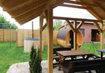 Location vacances Kneževi Vinogradi - Two-Bedroom Holiday Home in Draz-1
