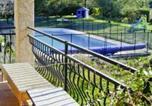 Location vacances Le Bar-sur-Loup - Maison de charme, Jardin piscine-1