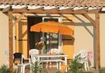Villages vacances Arles - Résidence Néméa Les Rives du Lac-4
