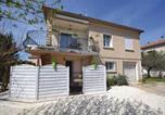 Location vacances Loriol-du-Comtat - One-Bedroom Apartment in Loriol-du-Comtat-1