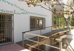 Location vacances Viladecans - Holiday home Av H-531-1