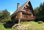 Location vacances Mirotice - Holiday Home in Kucer-Hajek with Three-Bedrooms 1-2